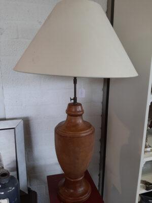 Lamp met lederen voet
